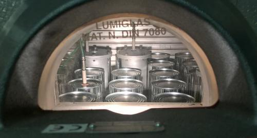 toroid and regular cans in autoclave