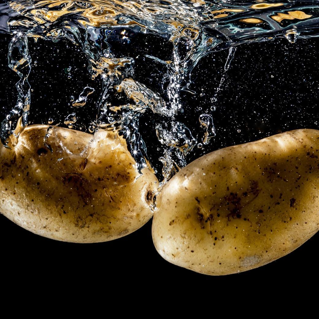 Aardappels in water